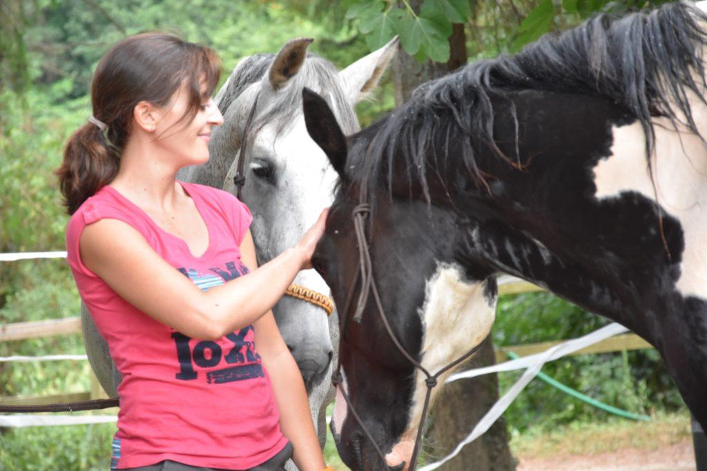 DERAMAIX Hélène ostéopathe equin